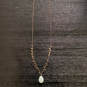 Rose gold necklace with turquoise stone